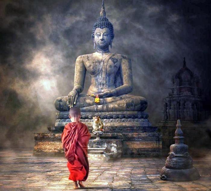 Nằm Ngủ Nhe Kinh Phật Có Lỗi Không?